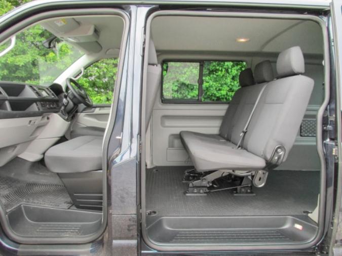Volkswagen Crew Vans | Transporter & Crafter | CoTrim